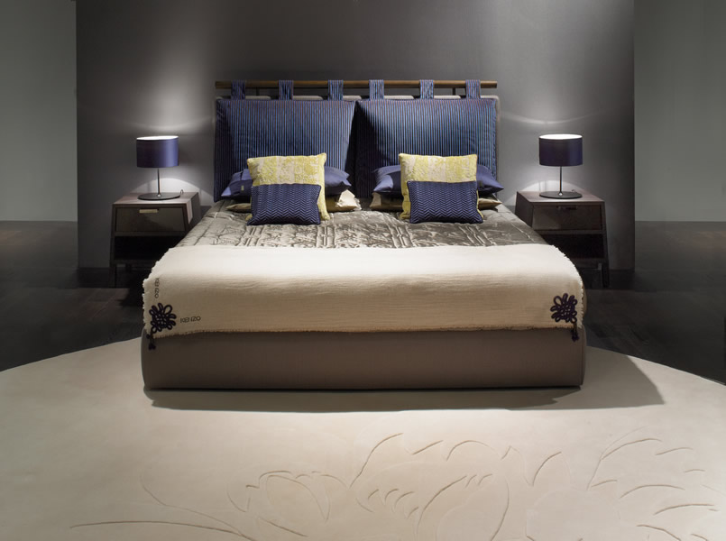 KK-Kin-bed-&-Rims-bedside-tables
