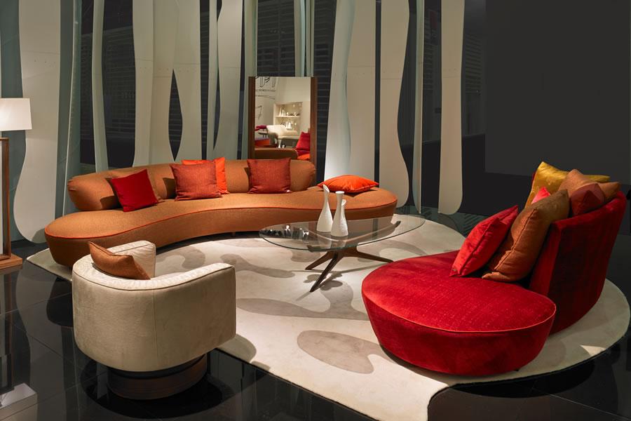 VK-Serpentine-Crescent-sofa